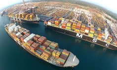 Italian transport minister voices concern at container shipping's consolidation