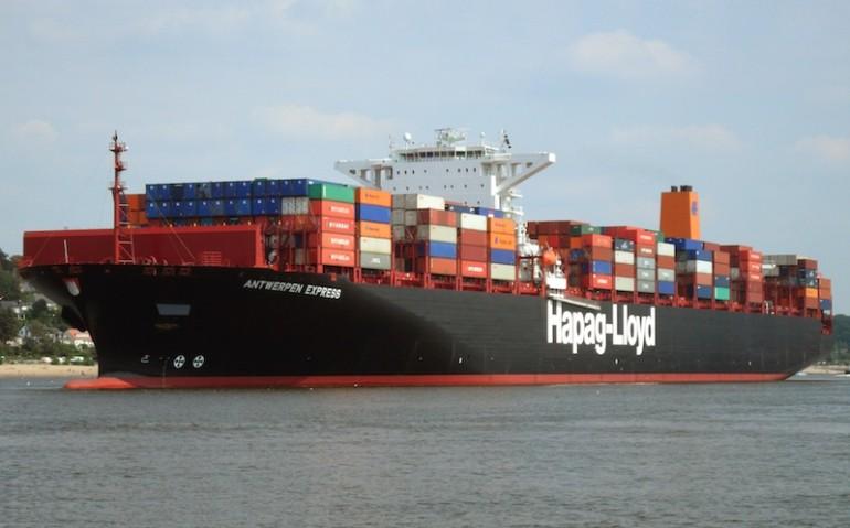 Hapag-Lloyd sends three boxships for scrap
