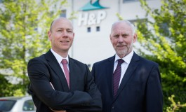 Harren & Partner in for up to eight boxships