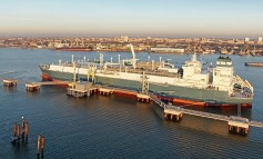 Höegh LNG signs FSRU deal for Tema LNG Project