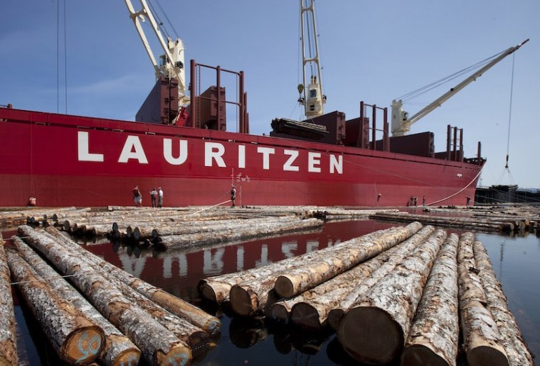 J. Lauritzen fixes financial position
