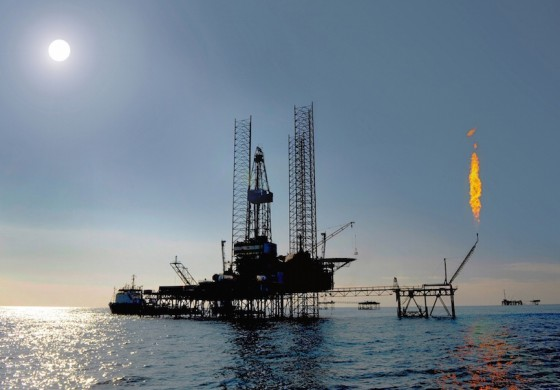 National Drilling Company of Abu Dhabi extends and adds rig options
