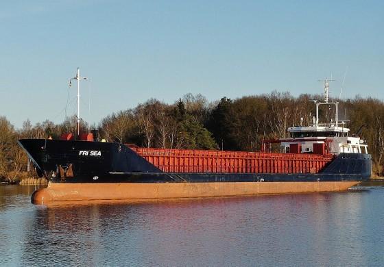 Norwegian vessel runs aground in Scotland