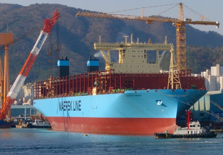 Maersk Line quietly adds the world's largest boxship to its fleet