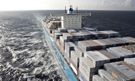 Maersk launches financial transactions platform