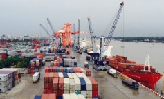 Myanmar looks to ease port congestion