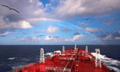 Nordic American Tankers signs deal to finance balance of three Suezmax newbuildings