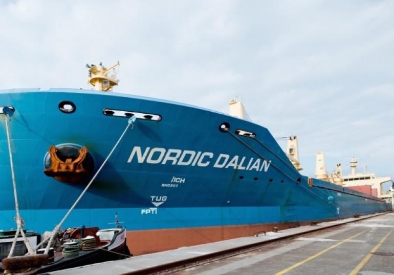 Nordic Hamburg offloads bulker pair