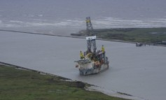 Grounded drillship successfully moved from Corpus Christi port entrance