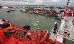 Indonesian port operator seeks to raise $3bn