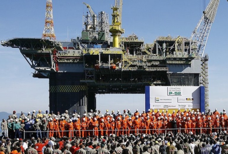 Brazil court lifts injunction on Petrobras deal to sell stakes in offshore fields