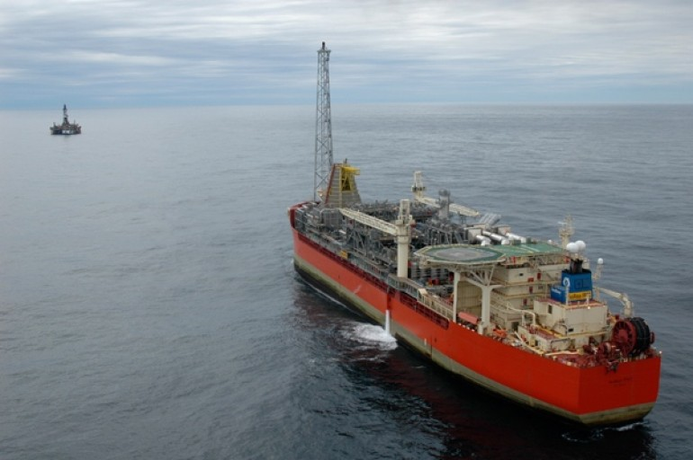 Husky awards construction contracts for West White Rose project