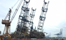 Jurong Shipyard fined over $294,000 for rig tilt accident