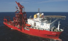 Subsea 7 pipelay vessel terminated by Petrobras again