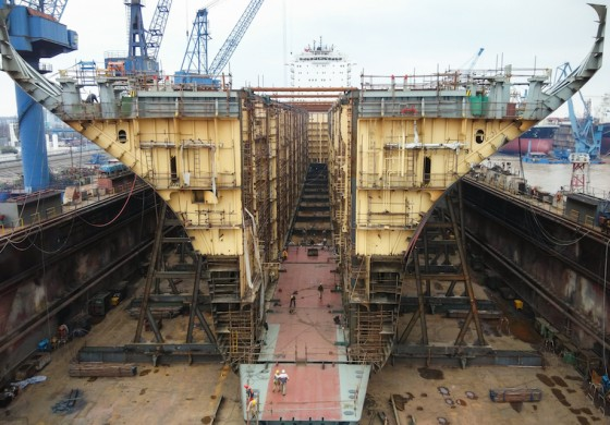 Reederei NSB completes pioneering boxship widening process