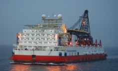 Solstad Offshore wins Thai work for derrick lay barge