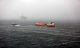 Oil spill caused by leaky loading hose at Statoil platform