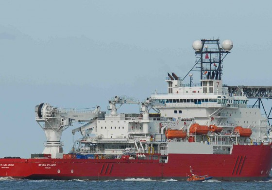 Subsea 7 cuts costs and staff, reshuffles organisation