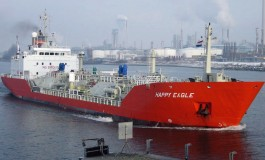 Ship prang sparks traffic chaos in Rotterdam