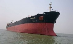Bulker and tanker collide near Antwerp