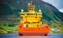 Hybrid energy storage solution replaces traditional generator on an OSV