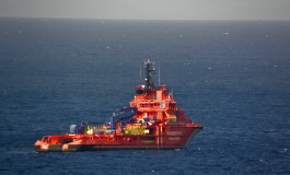 Tug to assist stranded heavy lift ship off Orkney Isles