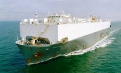 Höegh Autoliners sells off 29-year-old car carrier for recycling