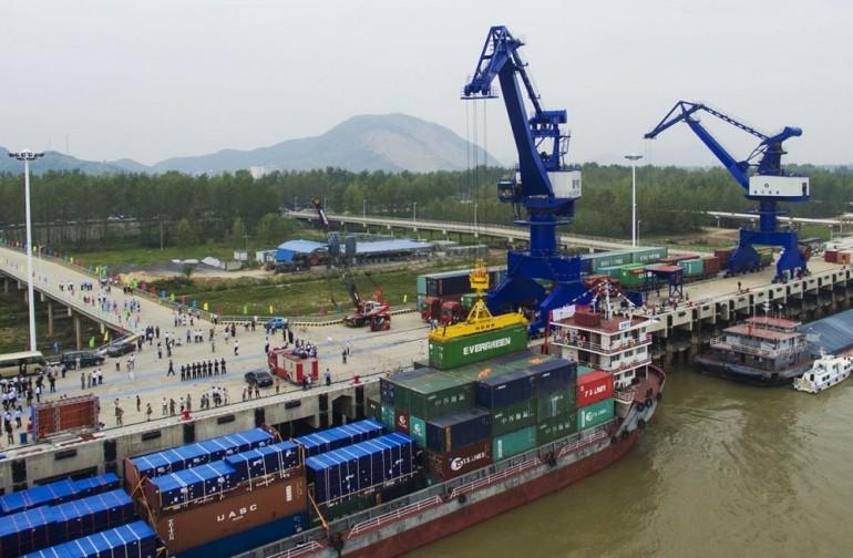 Yantian Port invests in new Yangtze River berths