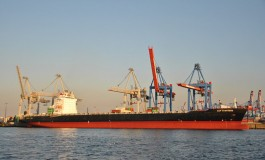 Cyprus Maritime acquires panamax boxship from Cleaves