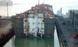 Courage sells panamax for scrap